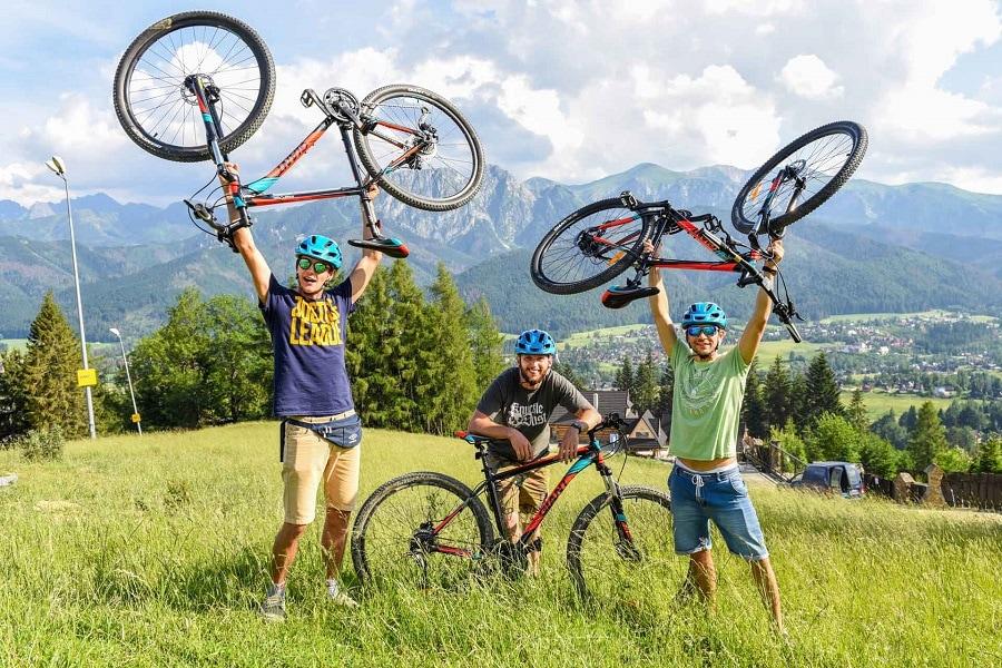 Zjazd rowerami z Gubałówki